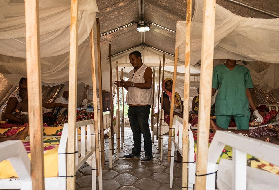 ALIMA soutient les efforts locaux pour traiter les enfants infectés par la rougeole lors d'une épidémie récente et en cours à N'Zérékoré.