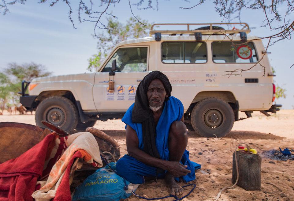 """""""Désert"""" mauritanien. En mai 2019, il fait plus de 45 degrés. En voiture, il faut compter 30 minutes pour quitter la base de Bassikounou et arriver au camp de Mbera en passant par des petites pistes."""